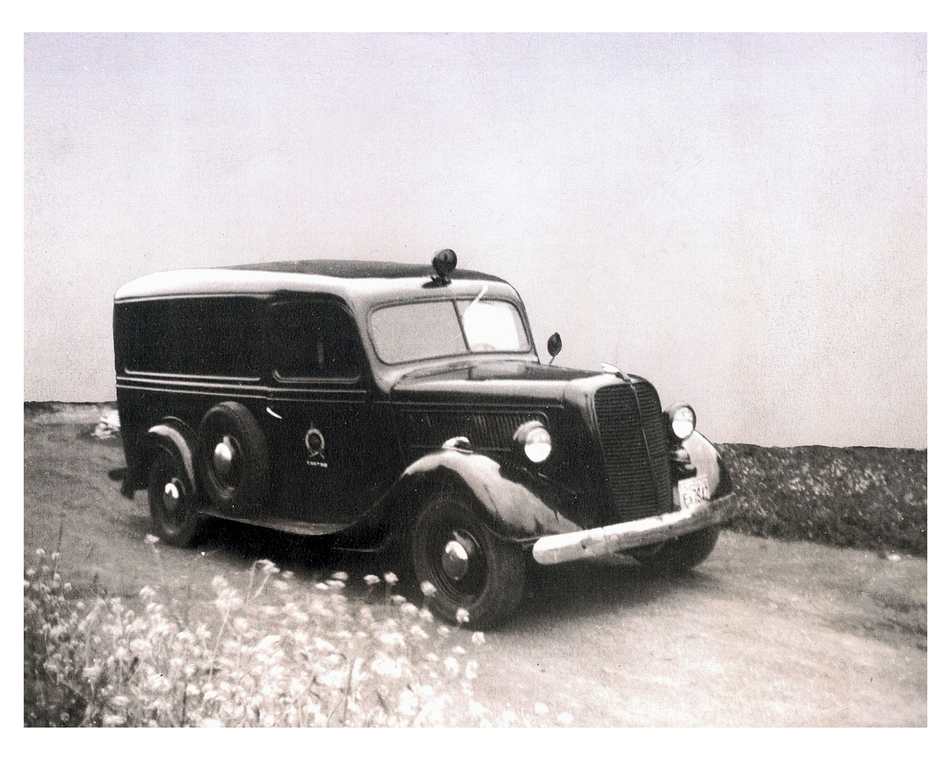 First Canteen International Panel Truck 1939 donated by M Feldman March 1 1946 photo